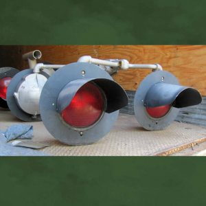 12-inch Quad Railroad Crossing Signal Light on Bracket